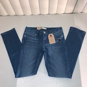 NWT LEVI'S SKINNY JEAN for girls size 12